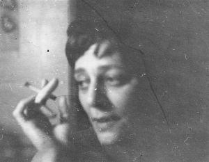 janine-w-cigarette-30-cr